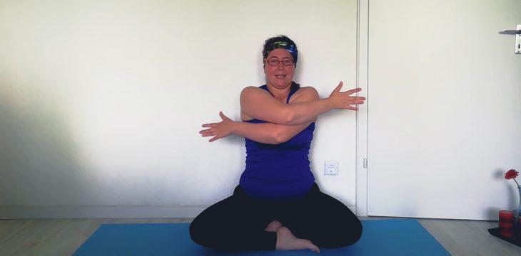 Yoga Flow gegen innere Unruhe & Angst-Attacken